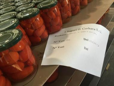 Pomodorino di Corbara. Corbarino in acqua e sale